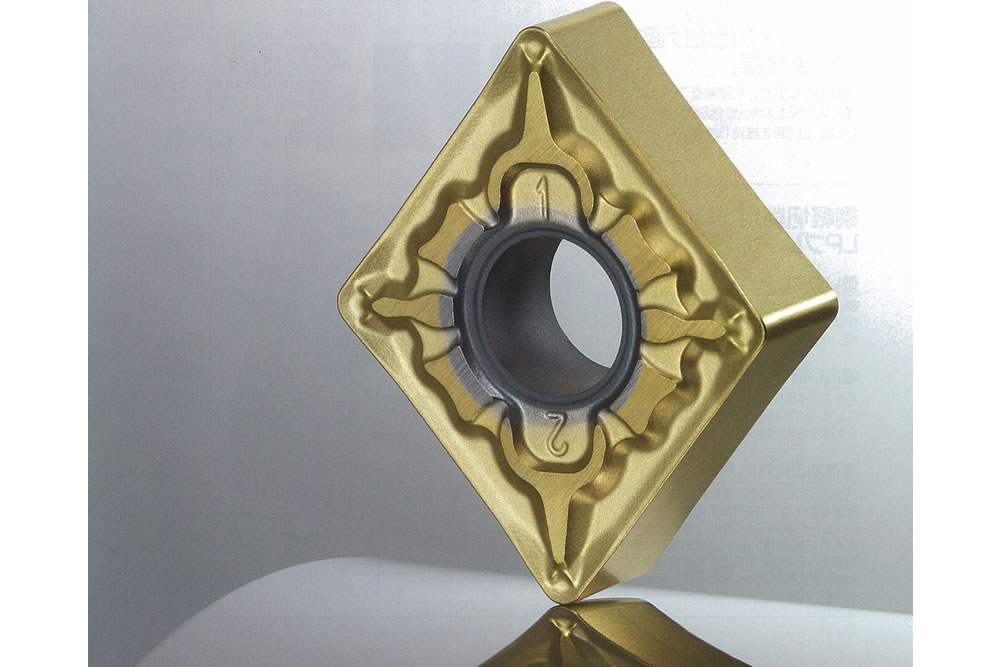 三菱マテリアル 鋼旋削加工用サーメット新材種 MP3025